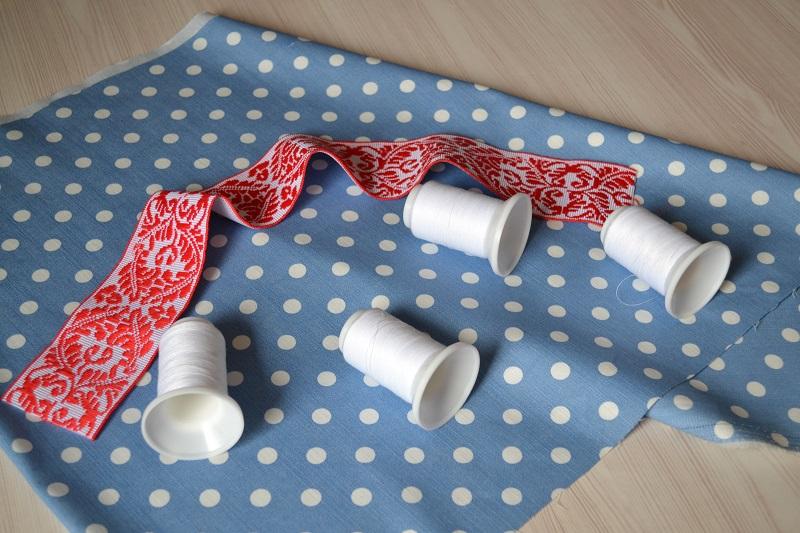 Сколько нужно ткани для детской юбки