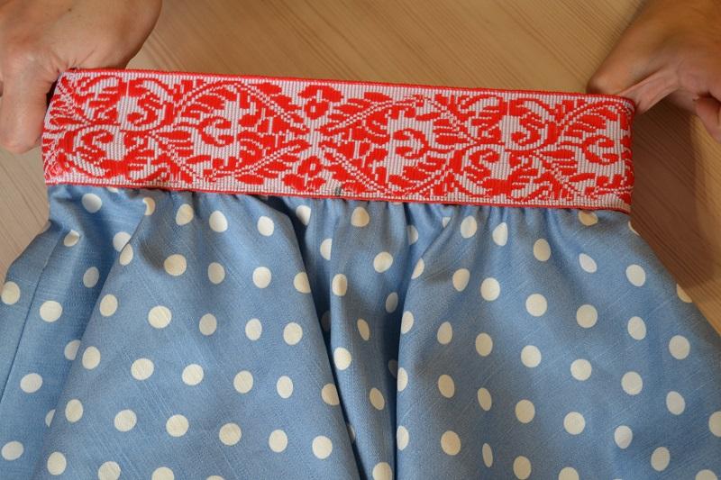 Обработка юбки поясом на резинке
