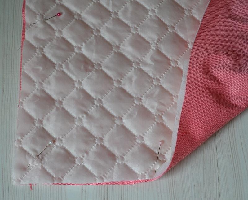 Сколите булавками верх одеяла