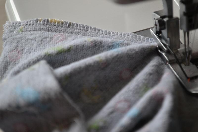 Как сшить брюки без оверлока 10