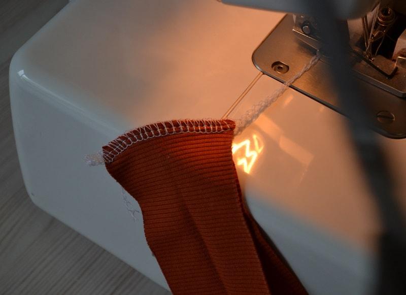 Как сшить женскую футболку трикотажа, фото 17