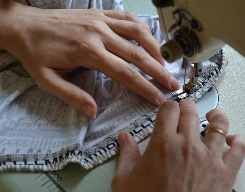Как сшить женскую футболку трикотажа, фото 23