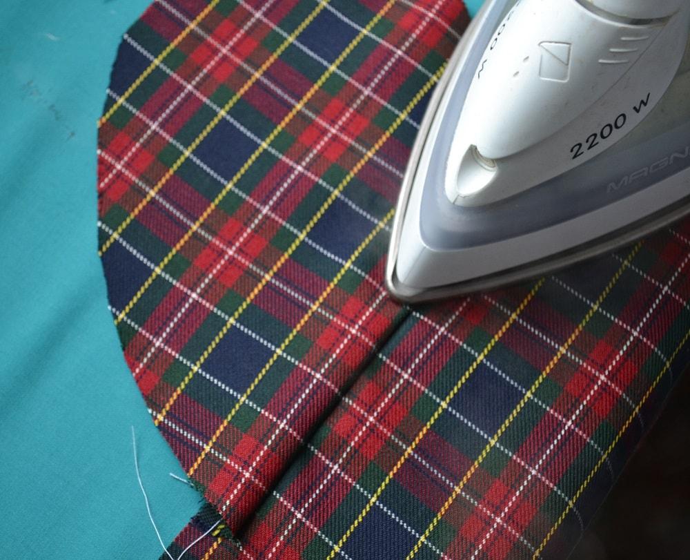 Обработка внутреннего бокового кармана платья, шаг 6